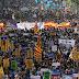Miles se manifiestan contra el terrorismo en Barcelona