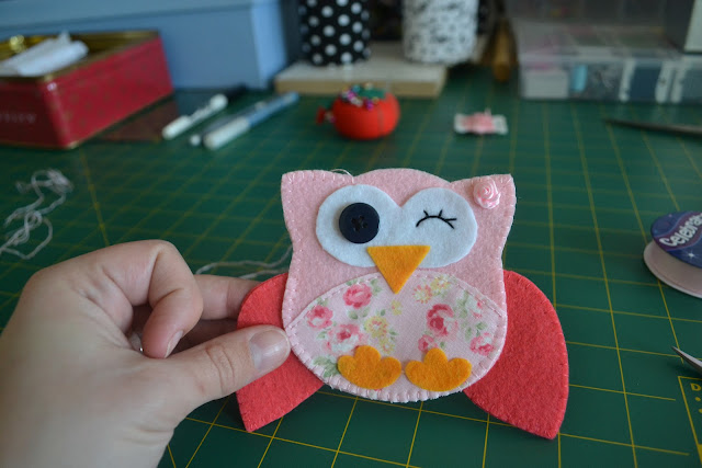 How to make a felt owl