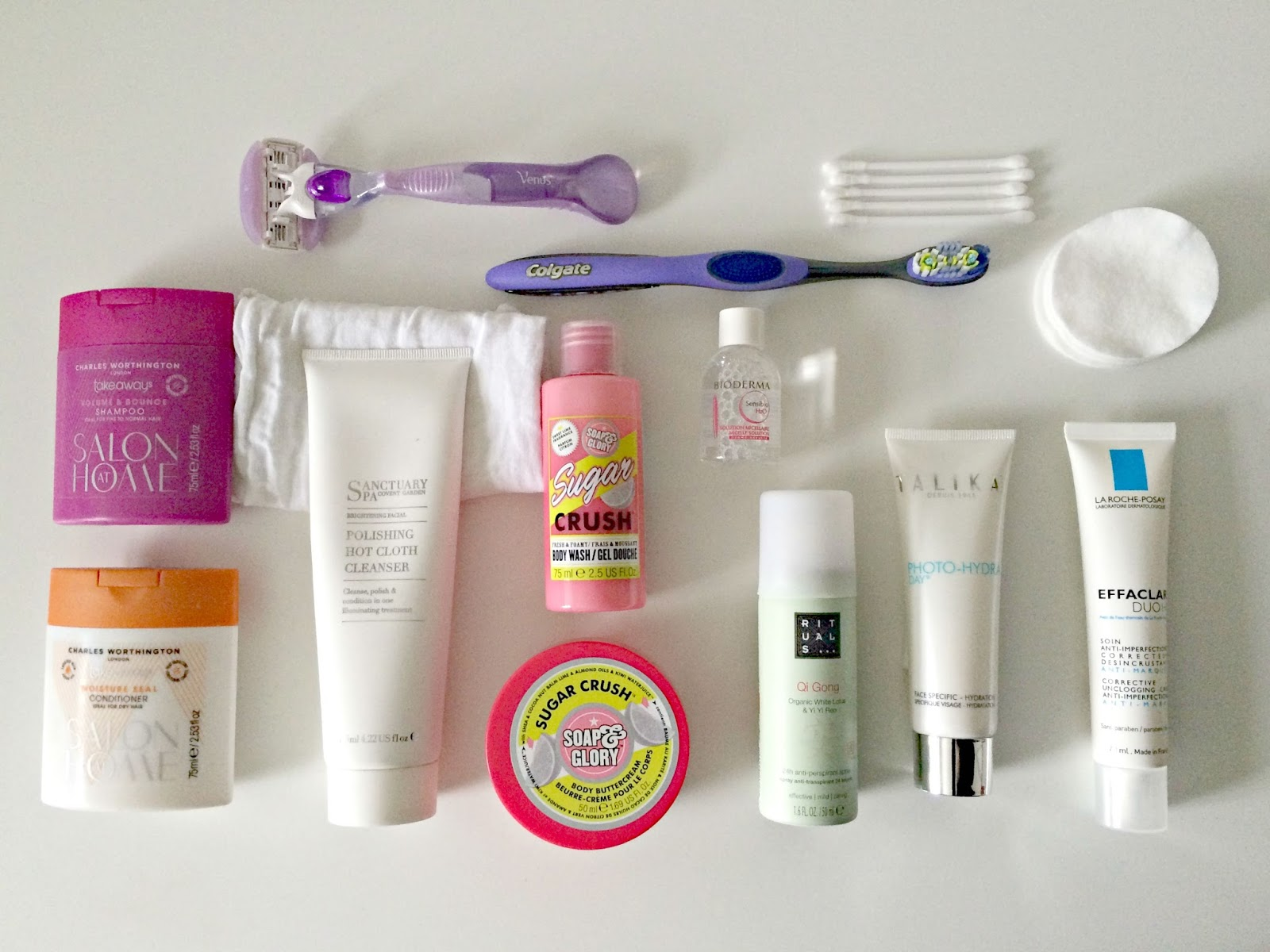 What 39 s in my travel toiletries bag thegirlinspired - Toiletgrijs ...