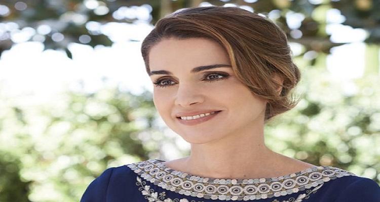 الملكة الأردنية رانيا العبد الله تفاجأ والدتها في عيد الأم