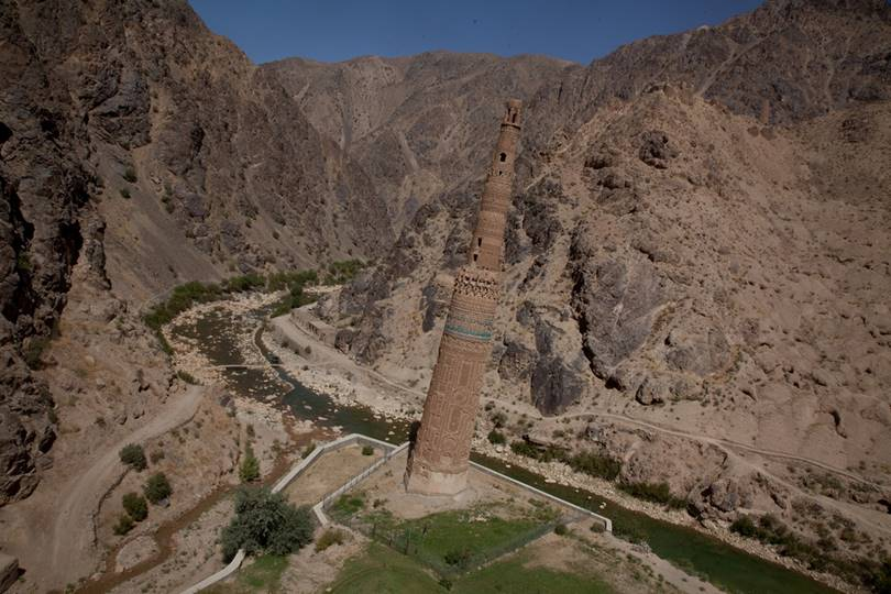 Minaret of Jam is one of the few well-preserved monuments representing a sample of artistic creativity and craftsmanship of construction equipment of the time. The minaret, 65m high and 9m in diameter in an octagonal base, is made of burnt bricks connected with lime mortar.