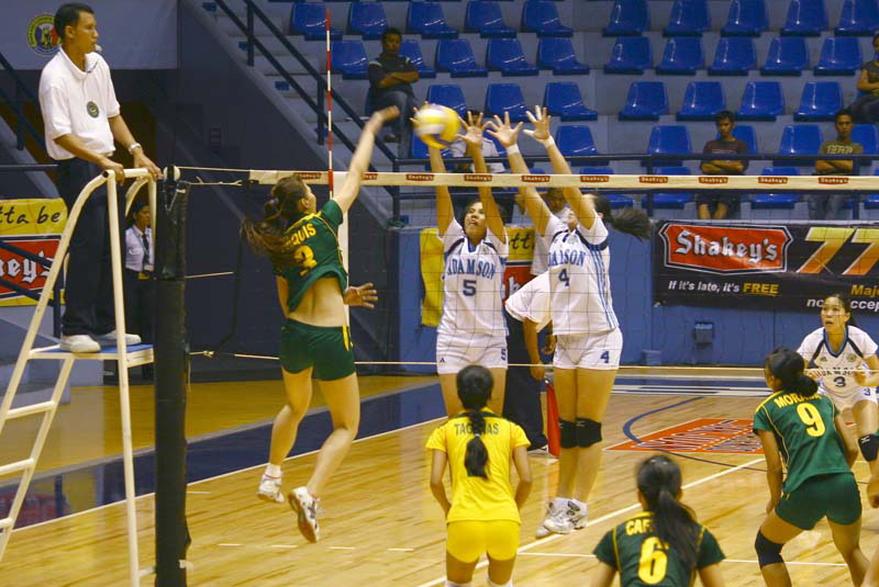 rachel daquis action in the court 4
