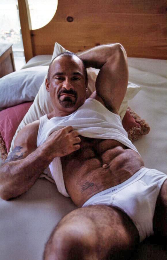 gay men 28139 jpg 1080x810