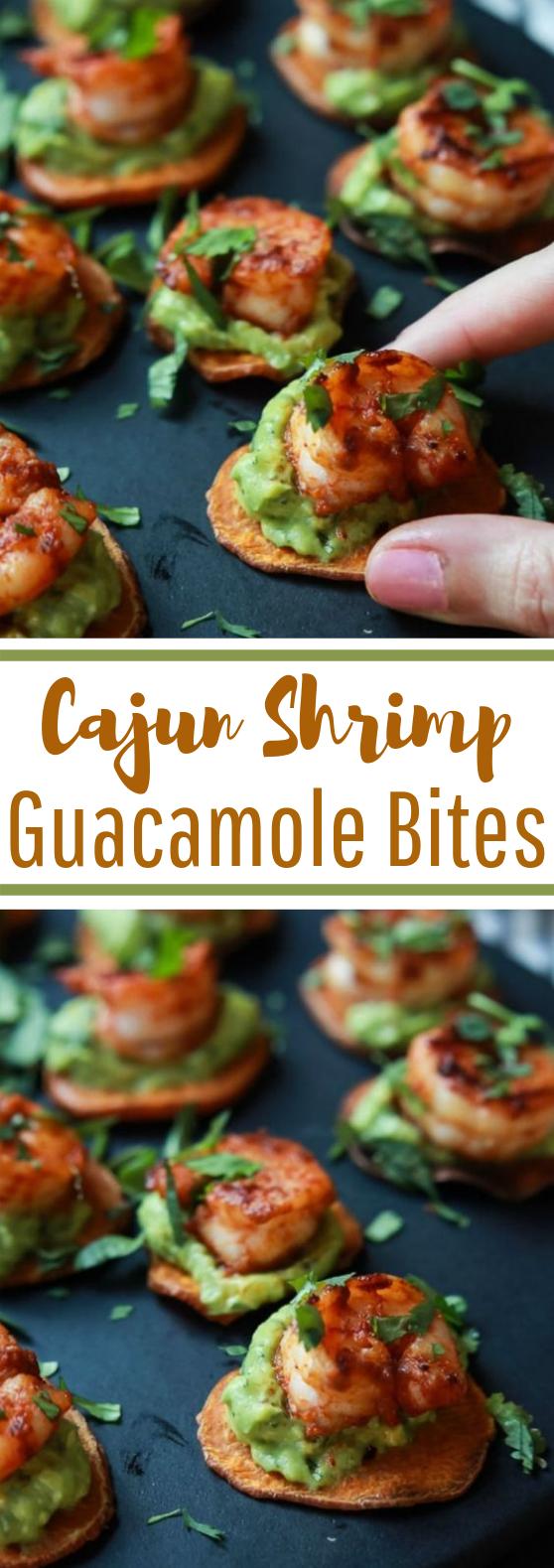 Cajun Shrimp Guacamole Bites #keto #lowcarb