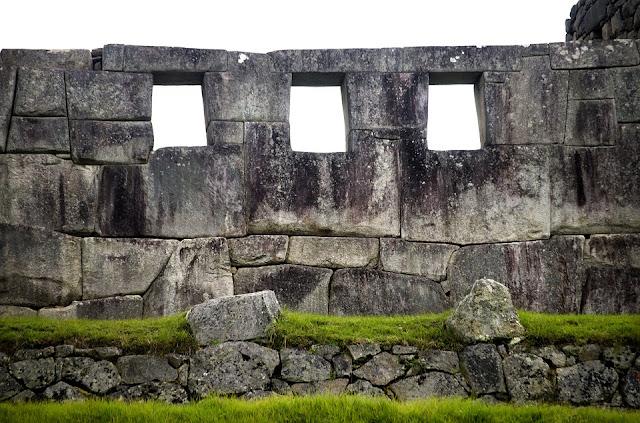 Sacsahuaman y los cortadores de piedras