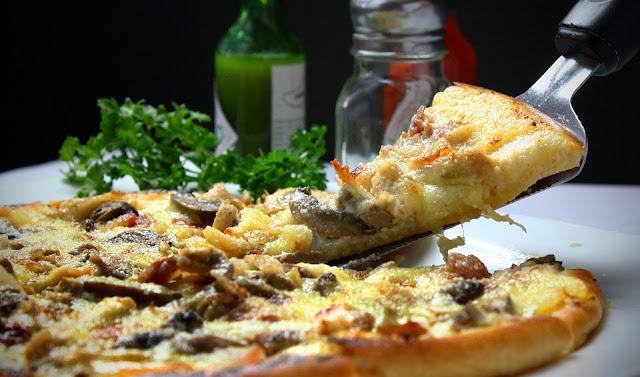 طريقة عمل البيتزا الأيطالية