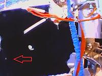 UFO Lintasi ISS Terekam Kamera NASA