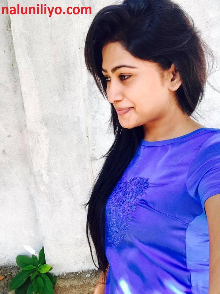 Sri lankan blue actress Piumi Hansamali hot