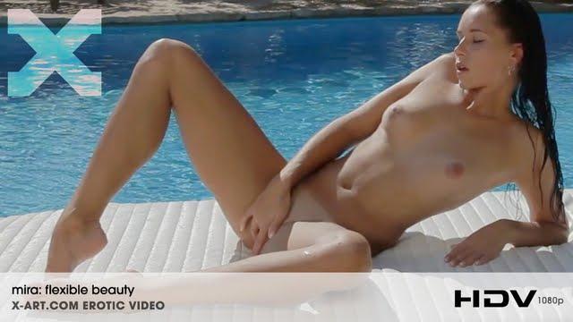 XdxArl19 Mira - Flexible Beauty (HD Video) 07150