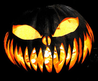 Scary-Halloween-Pumpkin-Carving
