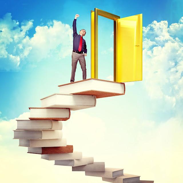 картинка лестница из книг народе цветок прозвали