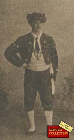 Charles Knie en Costume de torrero espagnol