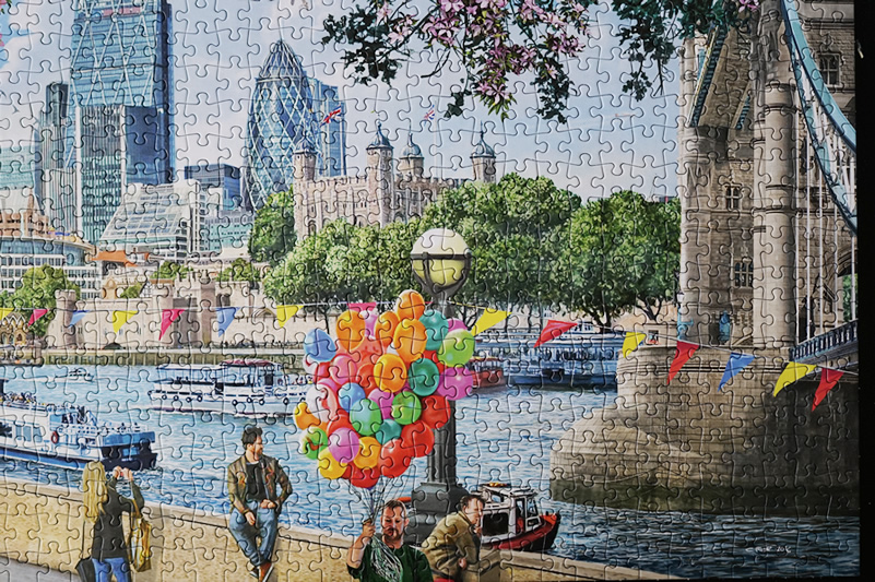 Falcon de Luxe - River Thames London 1000 Puzzle