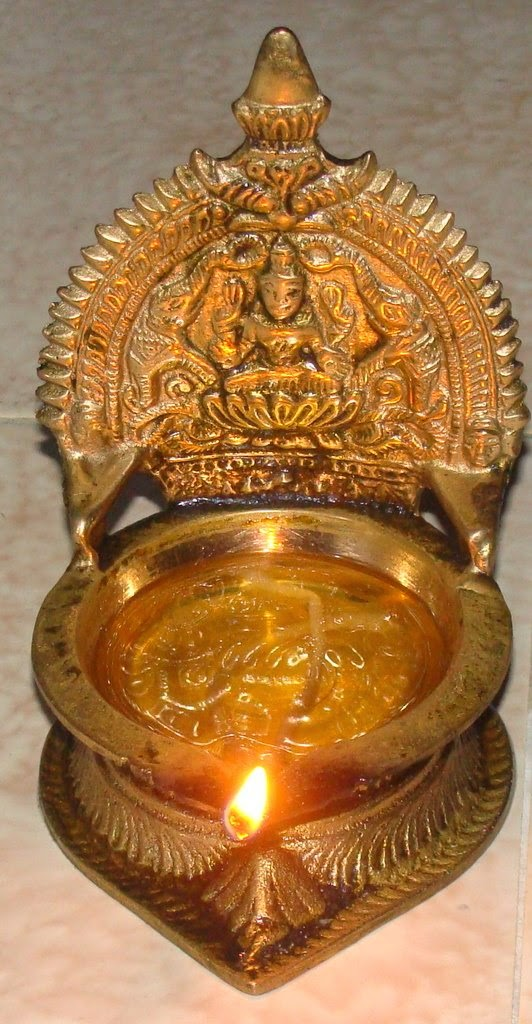 Why Do We Light Deepam (Holy Lamp) | Divine Thought ...
