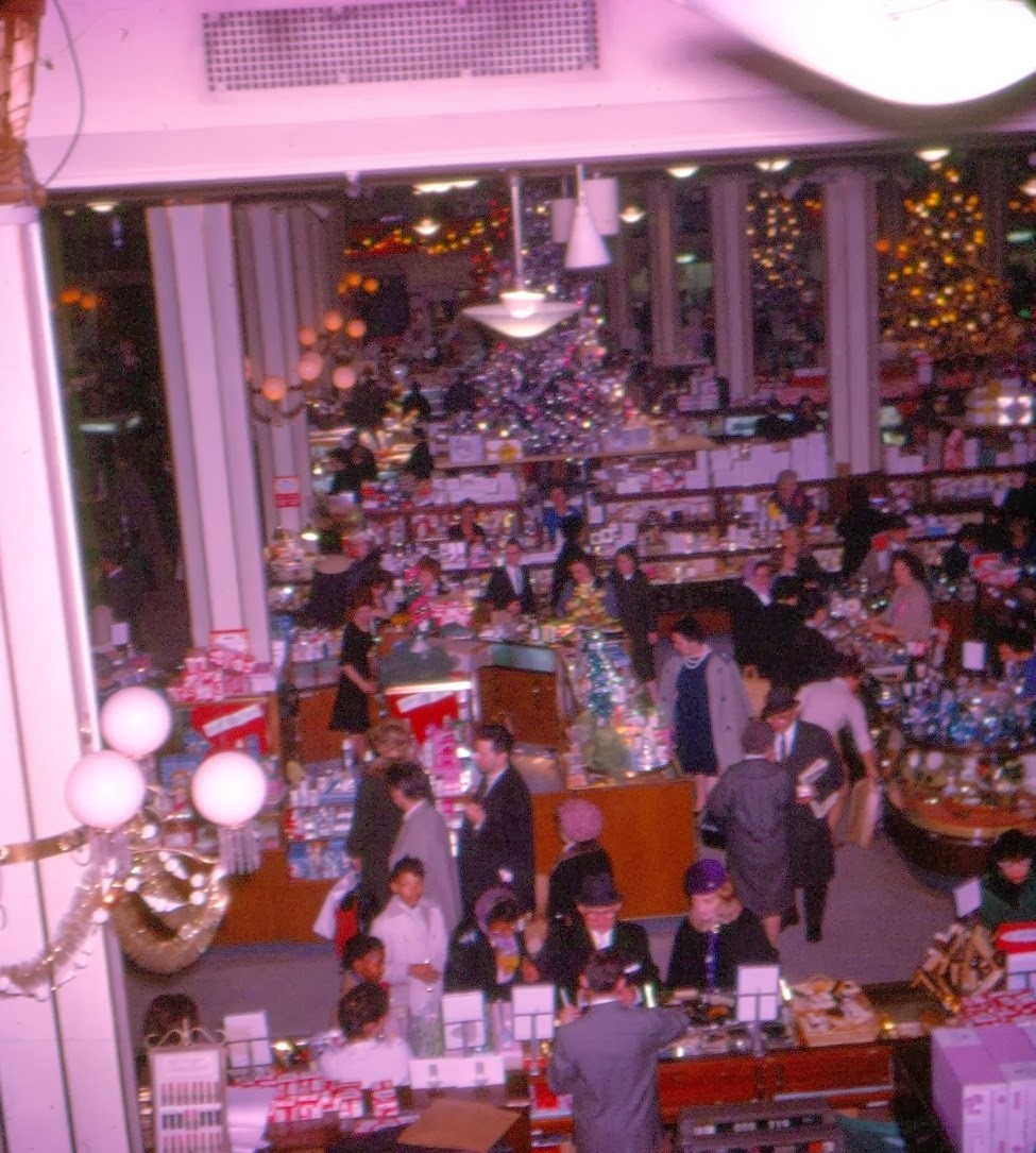 Macys Outlet Nj: Pleasant Family Shopping: Christmas At Macy's Herald