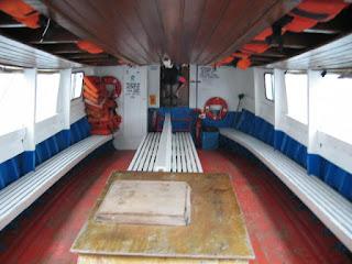 vista interna do barco entre Pontal do Paraná e Ilha do Mel