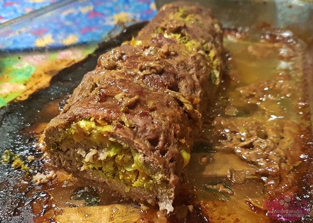 Receita de Rocambole de carne recheado com legumes