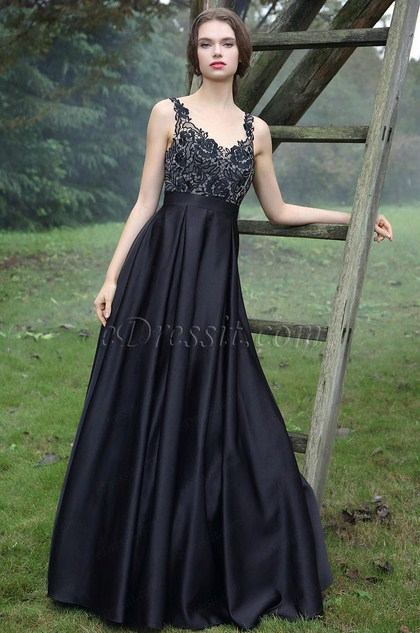 http://www.edressit.com/edressit-black-embroidery-prom-ball-dress-36170800-_p4936.html