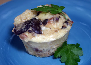 Wild Mushroom Bread Pudding Cups {Vegetarian, Whole Food}: This Week's Cravings {PICNIC DAY} 1