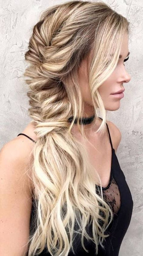 The Most Beautiful Bohemian Hairstyles to Look Chic