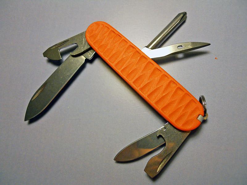 Andrzej Woronowski Custom Knives: Victorinox Swiss Army Knife scales 3