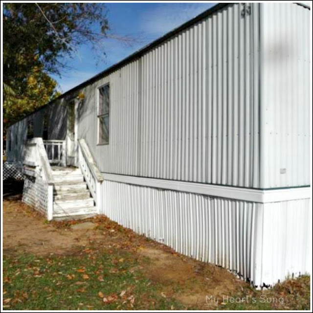 mobile home exterior beforeafter - Paint For Mobile Homes Exterior