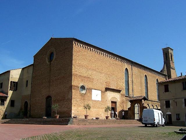 Igreja de Santo Agostinho em San Gimignano