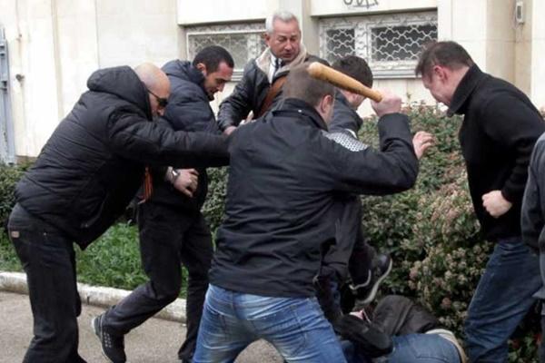 Граждани и полиция в Русия срещу бежанците - голям брой в болница и над 30 арестувани мигранти