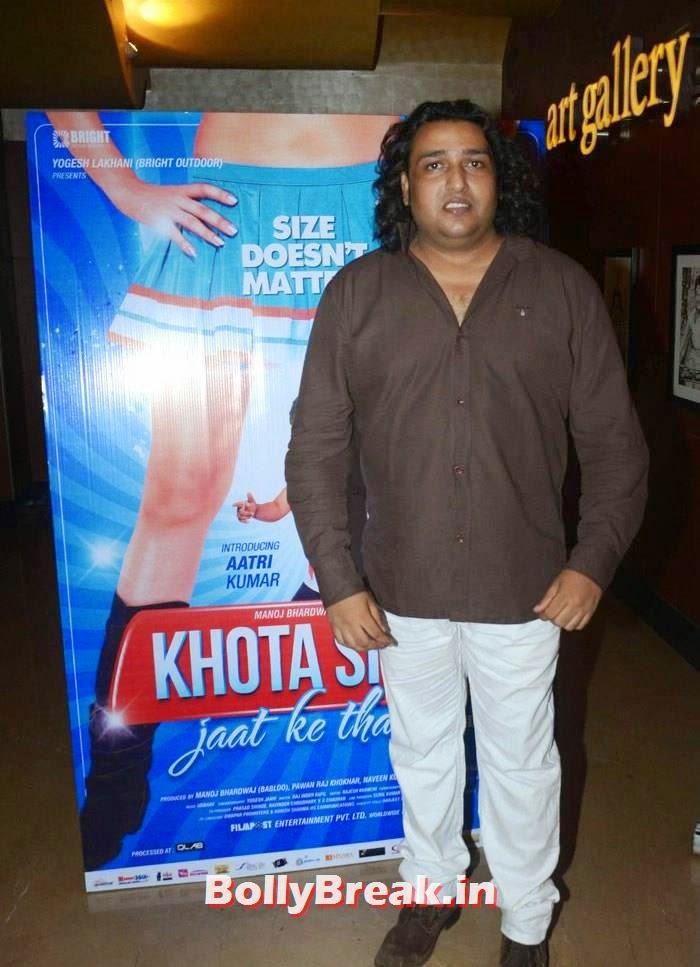 Shabib Shabri, Tanisha Singh, Sezal Sharma hot pics from 'Khota Sikka' Press Conference
