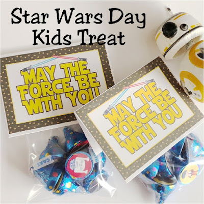 Celebrate Star Wars Day with this fun and simple treat for your kids' lunchboxes or family dinner party.  These Star Wars bag topper printables are a fun addition to any party favor by adding the Star Wars kisses or any Star Wars treat. Such an easy and fun way to make anyone's day a little more awesome. #starwars #hersheykisslabels #kisslabels #hersheykisses #bagtopper #maythefourth #diypartymomblog