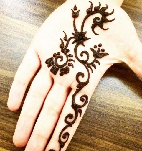 Gambar 11 Gambar Henna Tangan Kiri Motif Simple Mudah Ditiru 4 Di