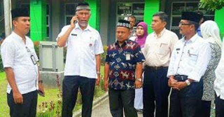 Wako Rekomendasikan Lulusan SLTP Masuk SMAK Padang