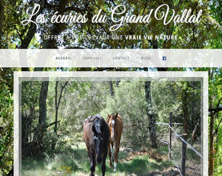 http://ecuries-du-grand-vallat.fr