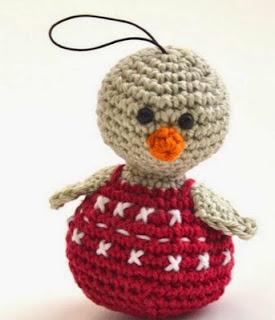 http://www.woolytoons.com/dutch-patterns/free-patterns/happy-de-kerstmus.html