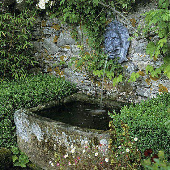 fantana de perete gradina istoica desing gradina clasica romantica idei joc de apa