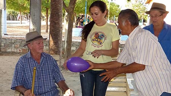 Comunidade Contendas recebe atividades do Grupo Reviver - Imagem 3