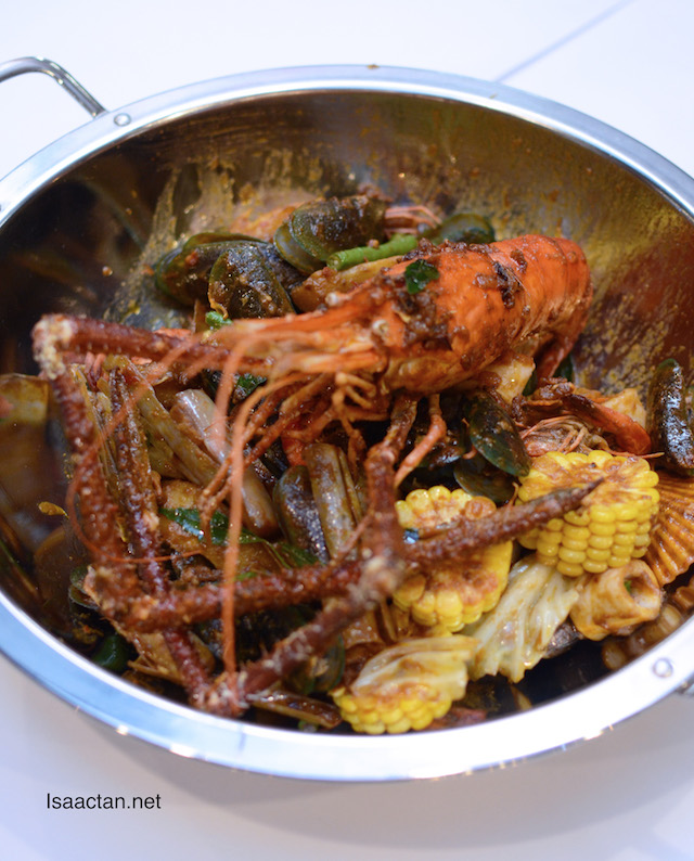Kam Heong Seafood Set (Set B-3 to 4pax) - RM168