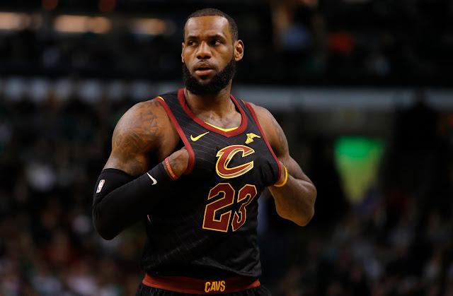 LeBron James Menyebut Laporan Warriors 'Non-Story'