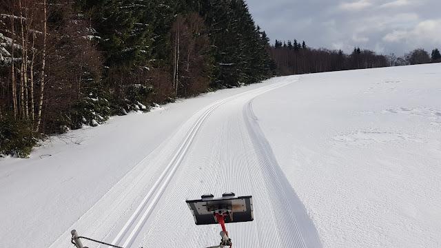 Nie samym mydłam Mydlarnia Rudy Kot żyje. Korzystamy z zimy i biegamy na nartach :)