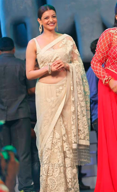 Kajal Aggarwal In Beautiful Designer Saree at Khiladi 150 Meet (3)