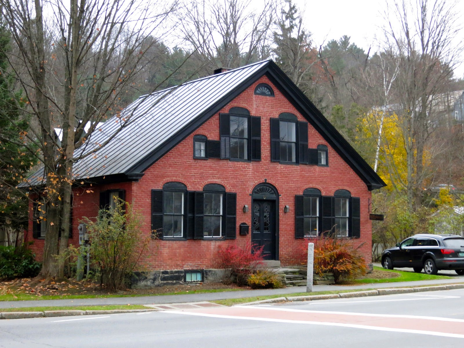 A Proper Bostonian Houses In Woodstock Vermont