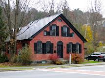 Proper Bostonian Houses In Woodstock Vermont
