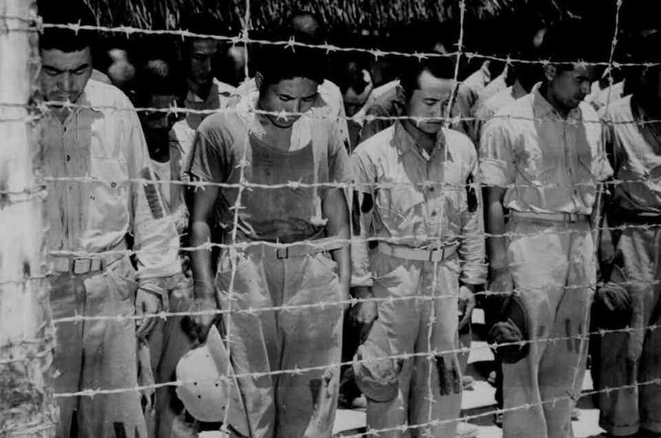 Οι κρατούμενοι ψηνόντουσαν με ακτίνες Χ
