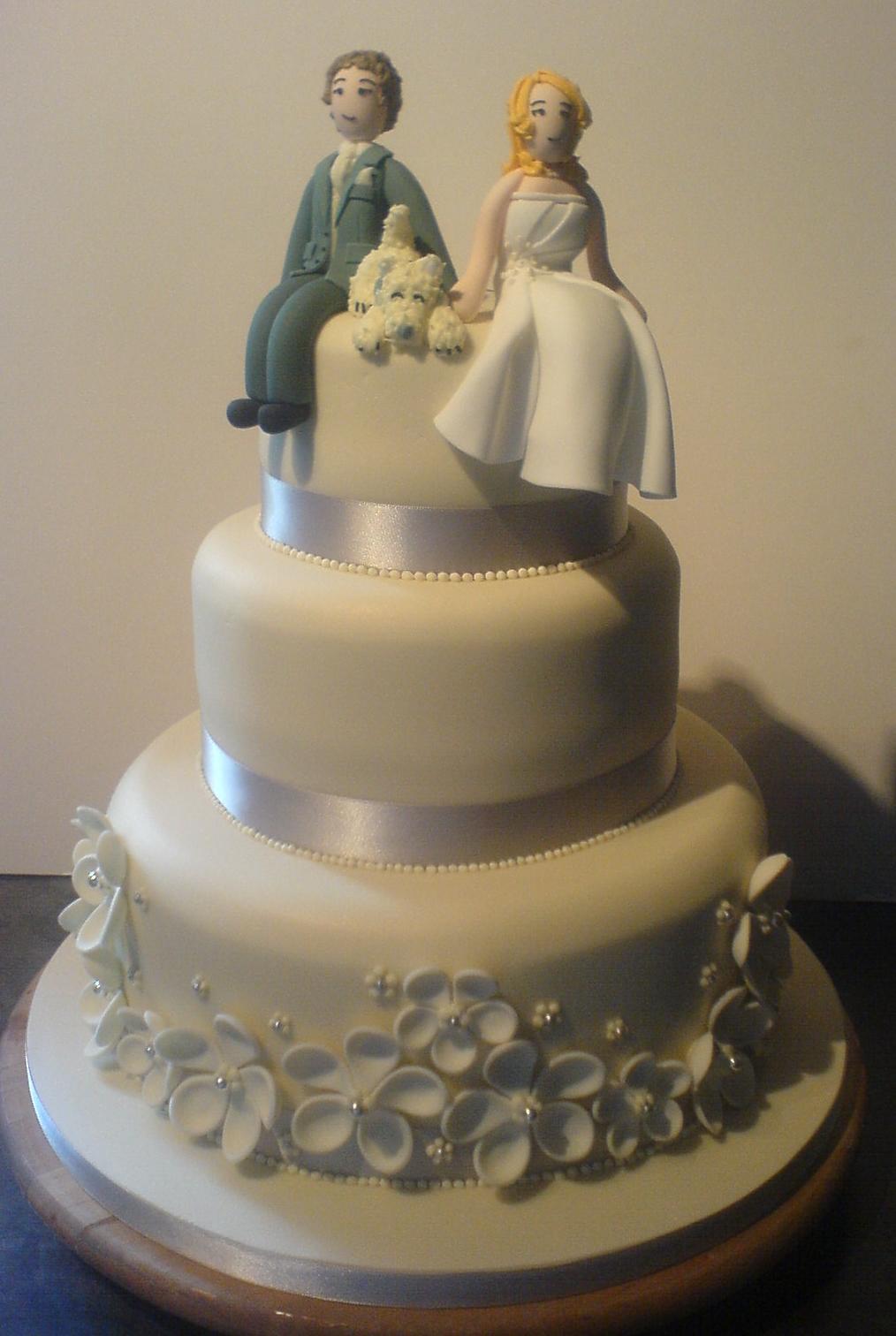 cozzmic cakes three tier wedding cake custom bride groom. Black Bedroom Furniture Sets. Home Design Ideas