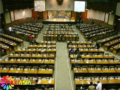 DPR Tidak Juga Membahas Revisi UU MD3 Karena Masih Tahap Pertimbangan