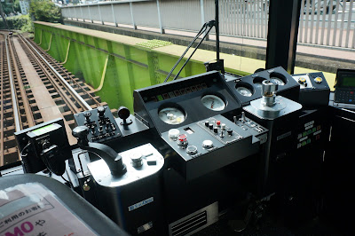 都電8900形の運転台