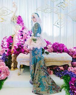 baju tunang artis elfira roy