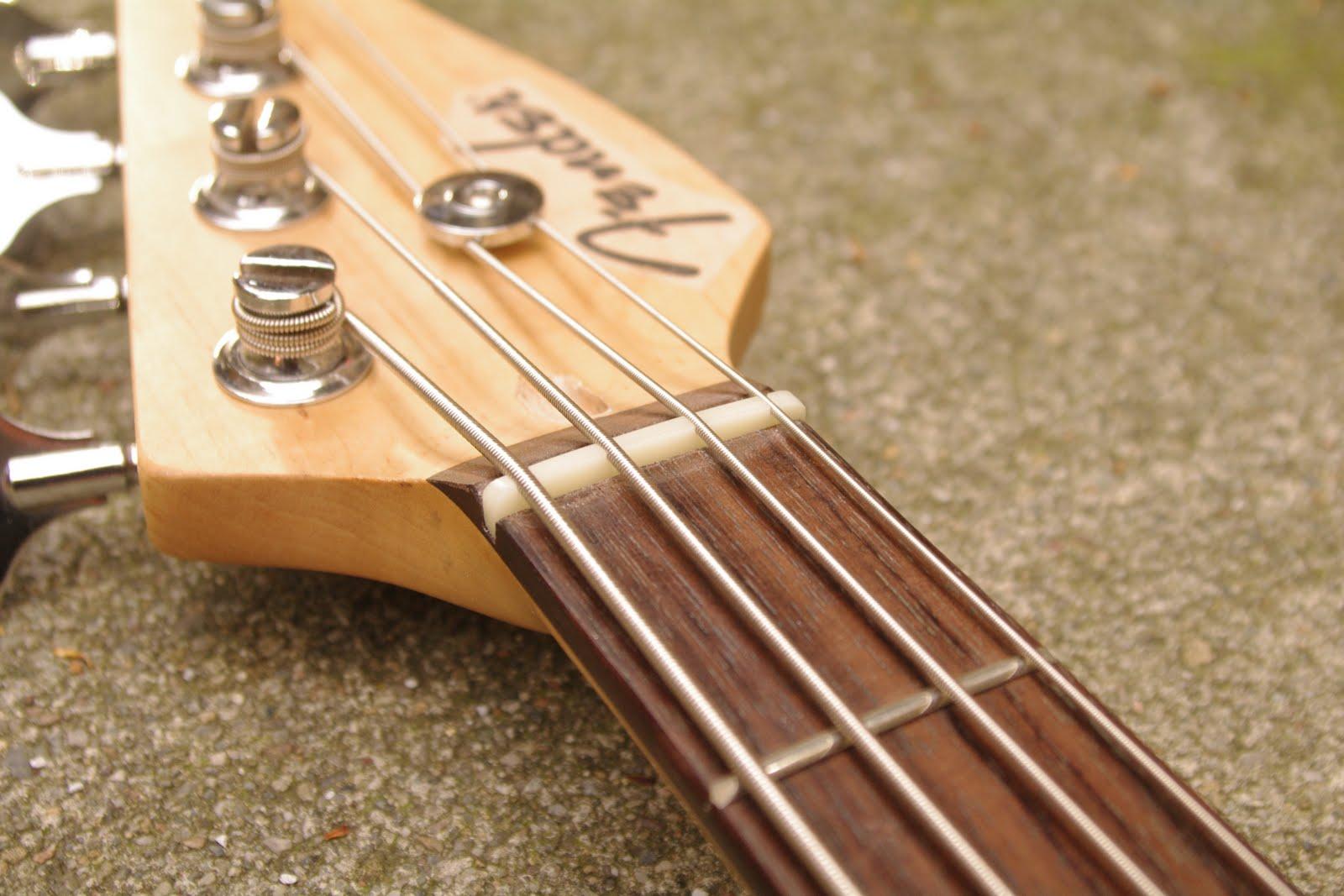 how to set up a bass guitar smart bass guitar. Black Bedroom Furniture Sets. Home Design Ideas