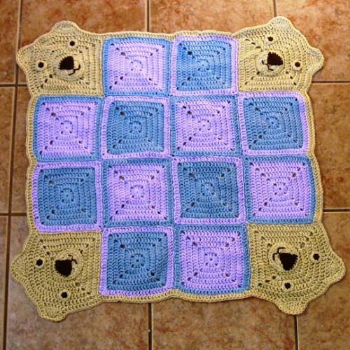 Teddy Go Round Afghan - Free Pattern