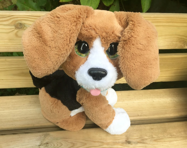 FurReal Chatty Charlie The Barkin Beagle Dog Review